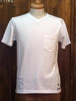 Short sleeve v neck pocket tee (solid)